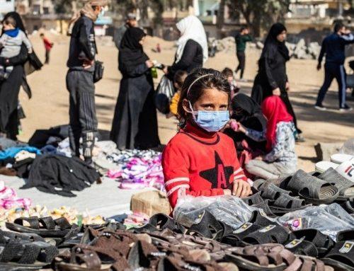 Anak-anak di Raqqa masih tinggal di reruntuhan empat tahun setelah pertempuran